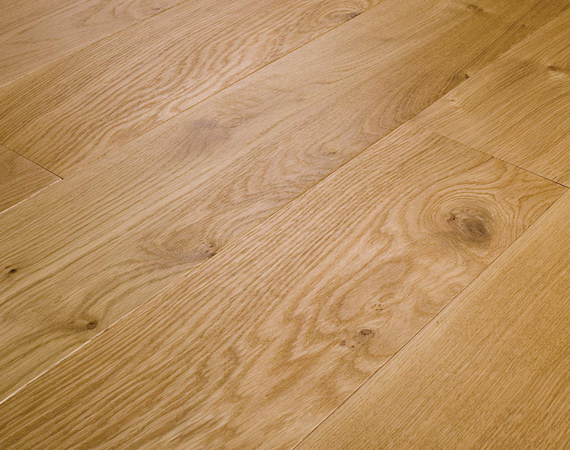Traditional Elegance Oak Flooring